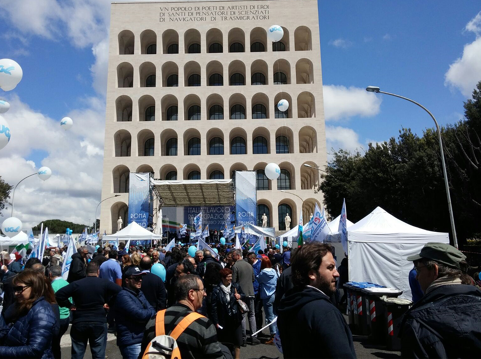 Noleggio-gazebo-per-manifestazioni